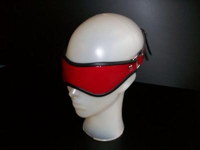 Blinddoek van Lakleer, zacht gevoerd, rood